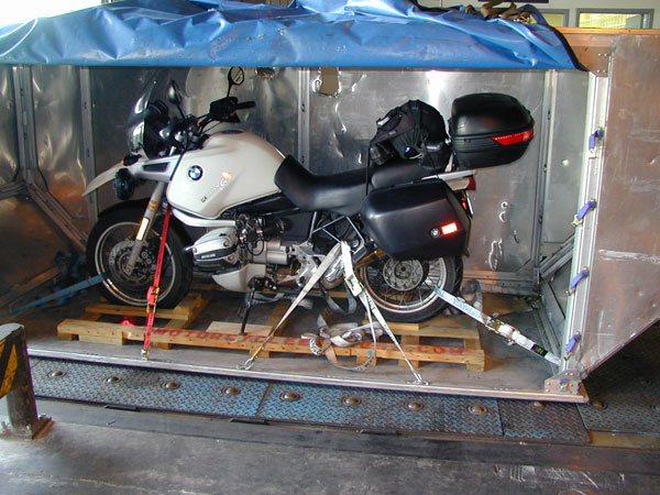 International motorcycle shipping by air for Can a motor carrier broker freight